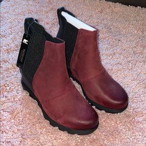 Women's sorel Joan arctic Chelsea rich wine boots